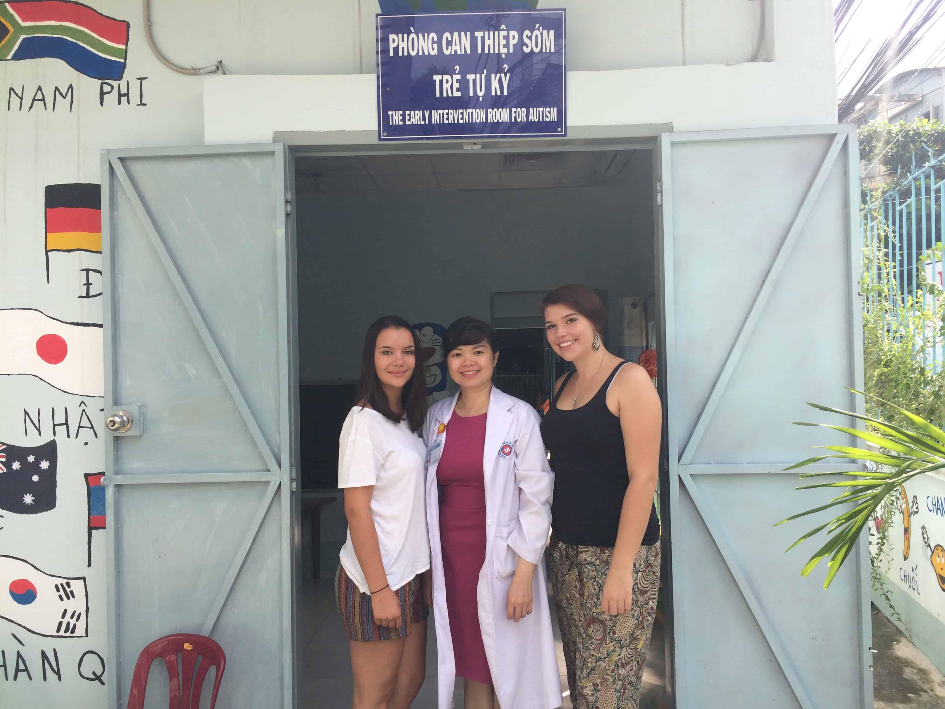 Carina Moser, Vietnam, Freiwillige